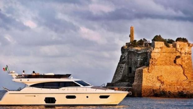Louer un yacht pour une soirée spéciale, pourquoi pas ?
